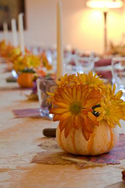 Fall weddings daisies